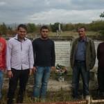 Положување цвеќе на паднати борци - Вера Јоциќ, 11.11.2013 - с. Псача